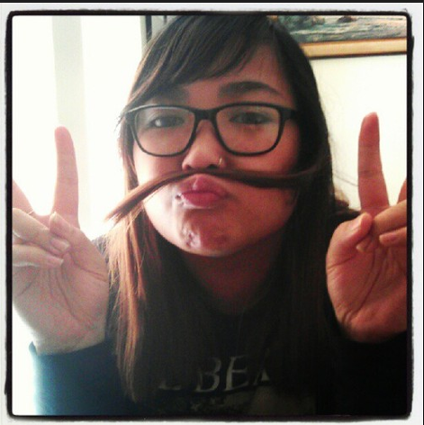 fake-moustache-pic